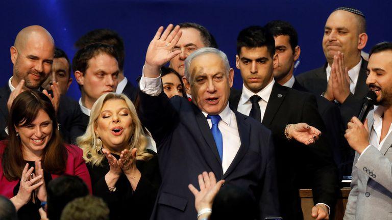 Benjamin Netanyahu, ao votar na segunda-feira em Jerusalém.