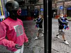 Naples (Italy), 28/04/2020.- A mannequin wearing a protective mask is seen in a children's clothing store in Naples, Italy, 28 April 2020. The useful accessory to limit the danger of contagion from COVID-19 is now, and will be until the discovery of the vaccine, an integral part of everyday clothing. Countries around the world are taking increased measures to stem the widespread of the SARS-CoV-2 coronavirus which causes the COVID-19 disease. (Italia, Nápoles) EFE/EPA/CIRO FUSCO