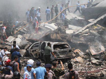 Acidente de um avião militar na Indonésia.