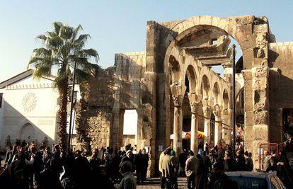 O templo de Júpiter de Damasco foi construído pelos romanos e tem sobrevivido a guerras e tentativas de destruíção.