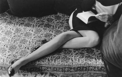 Martine Franck, segunda esposa do artista, fotografada em 1967.