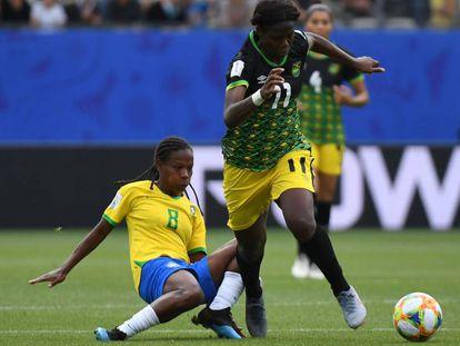 Seleção derrotou a Jamaica em sua estreia na Copa do Mundo feminina.