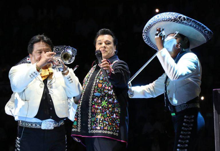 Juan Gabriel, em um show em junho, em Morelia, no México.