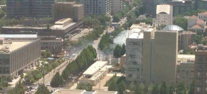 Imagem da fumaça provocada pela explosão.