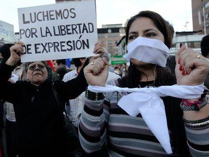 Manifestação pela liberdade de expressão em Quito em 2011.