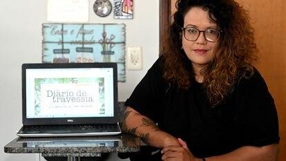 A professora Ísis Catherine, de 30 anos, que criou um projeto de diário para motivar os alunos do Centro de Ensino Fundamental 03 do Paranoá, no Distrito Federal.