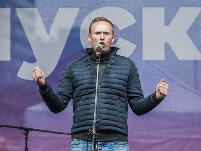 Alexei Navalni durante uma manifestação em 2019.