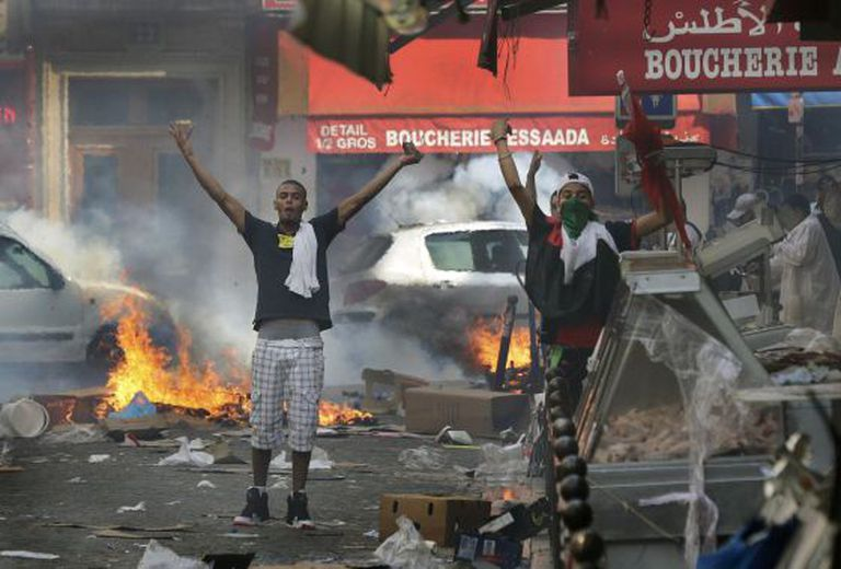 Pró-palestinos protestam em Paris.