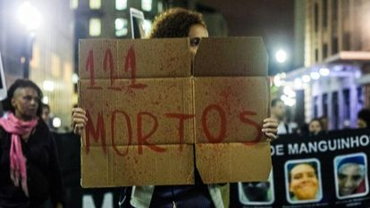 Movimentos sociais promovem ato para relembrar, vinte e quatro anos depois, o massacre do Carandiru