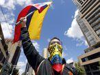 BOG500. BOGOTÁ (COLOMBIA), 19/05/2021.- Manifestantes marchan durante la cuarta jornada de Paro Nacional contra el Gobierno del presidente Iván Duque, hoy en Bogotá (Colombia). EFE/Carlos Ortega