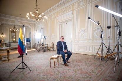 O presidente colombiano, Iván Duque, durante entrevista a EL PAÍS no Palácio de Nariño, em Bogotá, no domingo.