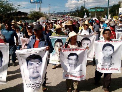 Protesto em Guerrero (México) pelos estudantes desaparecidos em Iguala.