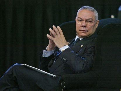 O secretário de Estado norte-americano, Colin Powell, durante a Conferência Mundial sobre o Desenvolvimento Sustentável em Johanesburgo, em setembro de 2002.