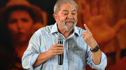 Lula discursa no lançamento de sua pré-candidatura, no dia 25 de janeiro