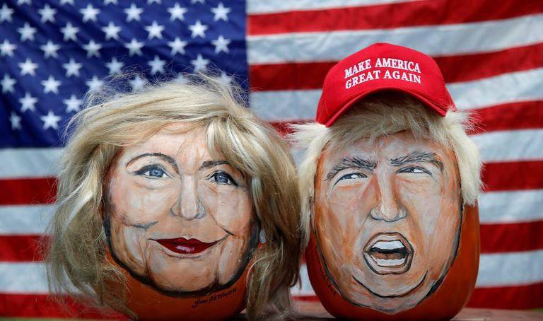 John Kettman, de LaSalle (Illinois), pintou os rostos dos candidatos
