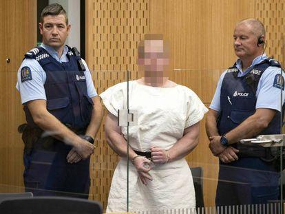 Brenton Tarrant, acusado pelo atentado, comparece ao tribunal.