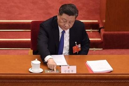 O presidente chinês, Xi Jinping, na votação sobre a lei de segurança nacional para Hong Kong, nesta quinta-feira, em Pequim.