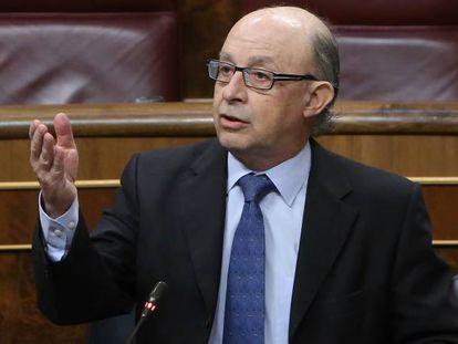 Cristóbal Montoro, ministro da Fazenda.