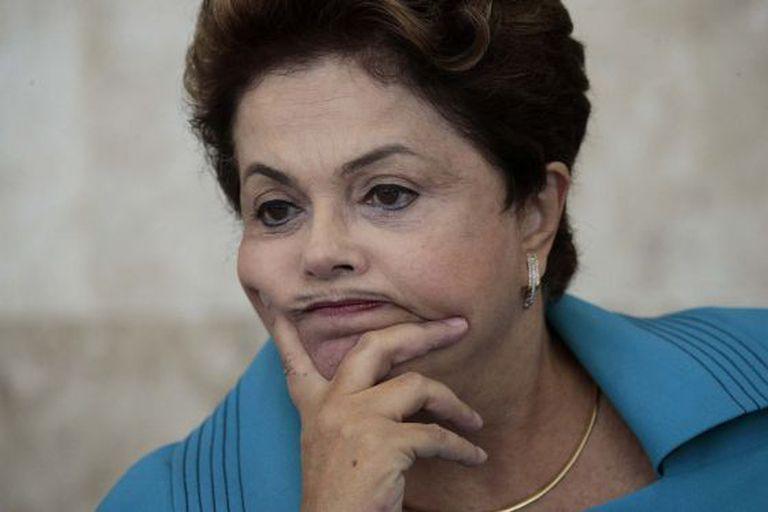 Dilma Rousseff cai em pesquisa.