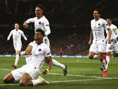 Kimpembe comemora o primeiro gol do PSG contra o Manchester United.