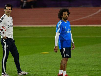 Marcelo e Solari durante treinamento nos Emirados Árabes Unidos.