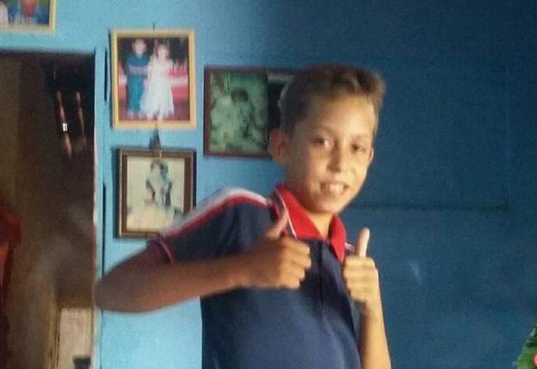 Mizael Fernandes da Silva, 13 anos, foi morto dentro de casa enquanto dormia.