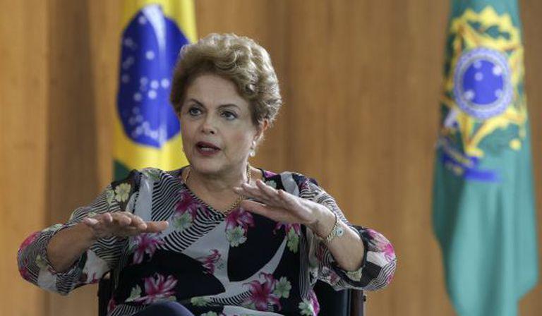 A presidenta Dilma Rousseff concede entrevista em Brasília nesta terça.