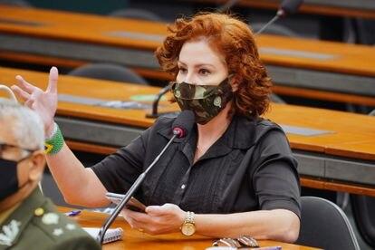 A deputada bolsonarista Carla Zambelli, em uma audiência na Câmara em 19 de maio.