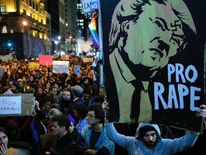 Milhares de pessoas se manifestam em grandes cidades dos EUA após a vitória de Trump
