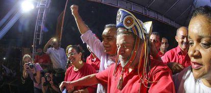 Lula em ato em Caruaru, em Pernambuco.