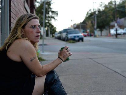 Uma viciada se prostitui em Cincinnati.