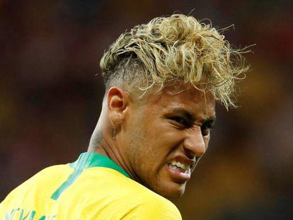 Neymar durante a partida contra a Suíça.