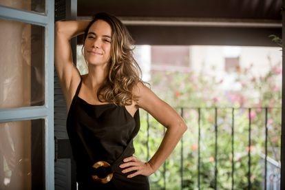 A atriz Miá Mello, mãe de Nina e Antonio, quando falou ao EL PAÍS, em fevereiro.