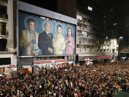 Milhares de pessoas participam em Montevidéu da Marcha pela Diversidade, em 29 de setembro