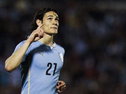 Cavani no amistoso do Uruguai contra a Guatemala.