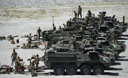 Tropas norte-americanas participam de manobras militares na província de Tarlac (Filipinas), em meados de abril.