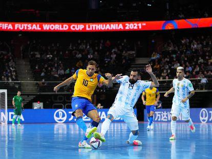 Brasil foi eliminado pela Argentina na semifinal da Copa do Mundo de futsal 2021.