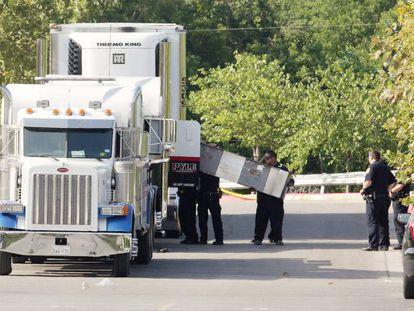 O caminhão que transportava os imigrantes ilegais
