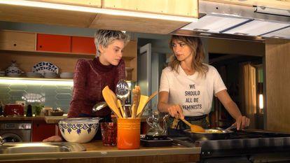 Milena Smit e Penélope Cruz, em 'Madres paralelas'.