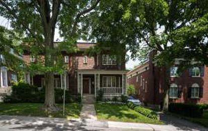 Casa onde Leonard Cohen nasceu, na Avenida Belmont, 599, em Montreal.