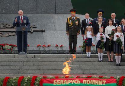 Lukashenko durante as comemorações do dia da independência de Belarus, em 3 de julho, em Minsk.