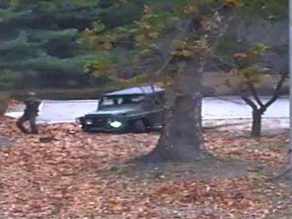 Deserção dramática de um soldado norte-coreano sob fogo 'amigo'