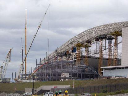 Arena Corinthians em obra no último 25 de março.