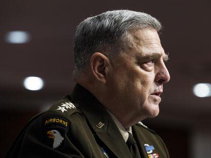 O general Mark Milley, chefe do Estado-Maior Conjunto, dá seu testemunho nesta terça-feira perante uma comissão do Senado.