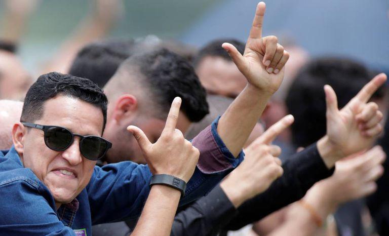 Apoiadores de Bolsonaro no ato de lançamento do partido Aliança pelo Brasil.
