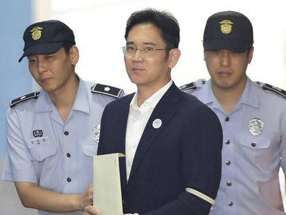 Lee Jae-yong, em sua chegada ao tribunal em Seul.