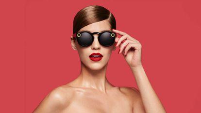 Spectacles têm aparência de complemento de moda.