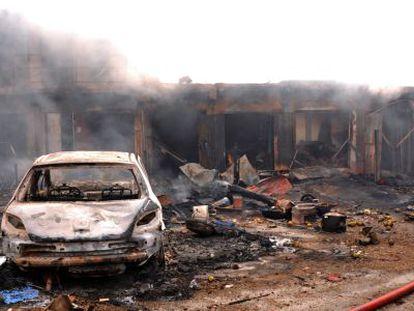Local onde dois carros-bomba foram detonados na terça-feira.