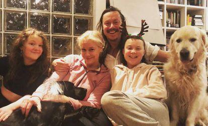 A família Thunberg, no Natal de 2018.