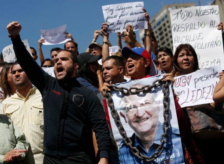 Protesto em Caracas pela prisão do prefeito.